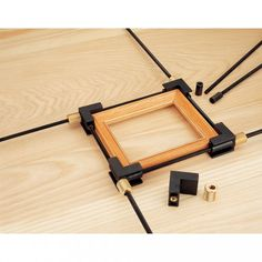 Veritas 4-Way Speed Clamp - Framing Clamps & Vices - Picture Framing - Woodturning & Crafts | Axminster Tools & Machinery