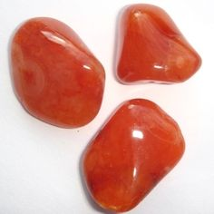 Carnelian  Chakras- Base, Sacral   colours- pale orange to intense almost-black    This stone restores vitality and motivation and stimulates creativity, gives courage, promotes positive life choices, dispels apathy and motivates for success.It overcomes negative conditioning and encourages steadfastness.  Improves analytic abilities and clarifies perception.  Protects against envy, rage and resentment.  Calms anger, banishes emotional negativity and replaces it with a love of life.