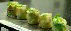 Les rolls de homard de Jean-François Piège : http://www.dailymotion.com/video/x24j97o_les-inratables-de-jean-francois-piege-les-rolls-de-homard_lifestyle#from=embediframe