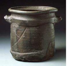 Old Bizen Waterjar, late 16th century
