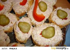Pomazánka s křenem recept - TopRecepty.cz Ham, Sausage, Muffin, Food And Drink, Appetizers, Treats, Breakfast, Calvin Klein, Sweet Like Candy