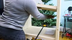 How to build a wood storage cabinet in 9 steps - simply handmade studios Diy Projects Plans, Wood Shop Projects, Diy Furniture Projects, Woodworking Projects Diy, Backyard Projects, Furniture Plans, Chuck Box Plans, Wooden Toy Boxes, Diy Wood Shelves