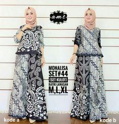 Y05 @190rb Kulot Batik, Batik Kebaya, Blouse Batik, Batik Dress, Batik Fashion, Hijab Fashion, Fashion Dresses, Women's Fashion, Batik Muslim