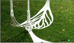 Nature-Inspired Playground Equipment: The Leaf Swing
