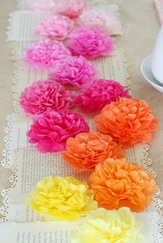How to create tissue flowers. Love tissue crafts so inexpensive.