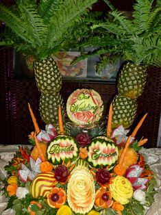Click to VOTE for this #watermeloncarving! By Panayiota Thoma