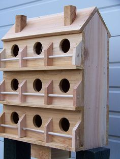 Purple Martin bird house with 9 seperate compartments Western Purple Martin House Plans, Martin Bird House, Wood Bird Feeder, Bird House Feeder, Wooden Bird Houses, Bird Houses Diy, Purple Martin Birdhouse, Building Bird Houses, Bird House Plans Free