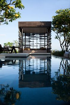 Alila Villas Uluwatu: paradise at the edge of the world - to discover www.themilliardaire.co