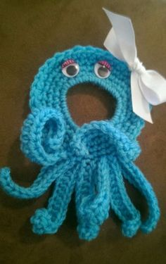 Crochet Camera Lens Buddy Baby Octopus Photography and Cuddly Photo Prop Tool