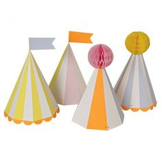 These Silly Circus Party Hats from Meri Meri do not look like cheap party decorations even though you get the party supplies at a discount. Circus Party Supplies, Circus Theme Party, Circus Birthday, 1st Birthday Parties, Hut Party, Party Shop, Party Bags, Carton Invitation, Colorful Party