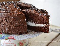 Torta nutella e panna,una torta ideale per le feste di compleanno di grandi e piccini.
