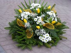 Wood Crafts, Diy And Crafts, Funeral Flowers, Christmas Decorations, Easter, Wreaths, Flower Arrangements, Events, Decorating