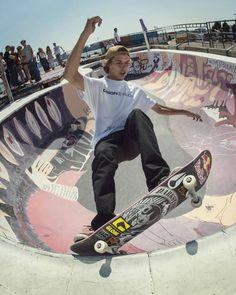 Skateboard Boy, Skateboard Photos, Skateboard Fashion, Skateboard Design, History Of Skateboarding, Skate Bord, Human Poses Reference, Tokyo Olympics, Cool Skateboards