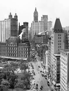 Manhattan circa 1908. The City Hall Post Office, Singer Building, City Investing Building and the St James Building...all gone.