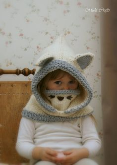 KNITTING PATTERN snood arctic Fox Rene baby toddler child