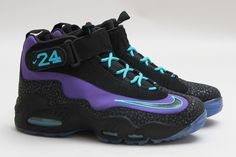 buy popular 314a8 fc542 Nike Air Griffey Max 1 Purple Venom amp Black Nike Motivation, Air Max  Sneakers