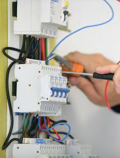 Toutes maintenances électriques dans votre appartement ou dans votre entreprise nécessitent un expert en la matière. L'électricien Montreuil assure ce travail grâce à son habilité   à ses expériences et surtout à ses matériels bien équipés.