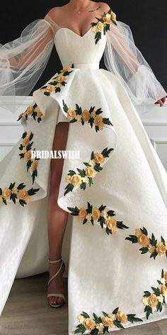 white prom dresses 2019 sweetheart neckline embroidery hand made flowers lace ba. - - white prom dresses 2019 sweetheart neckline embroidery hand made flowers lace ball gown evening dresses long arabic on Storenvy Source by Lace Ball Gowns, Ball Gowns Evening, Ball Dresses, White Ball Gowns, Flower Dresses, Lace Evening Dresses, Quince Dresses, Chiffon Dresses, Evening Outfits