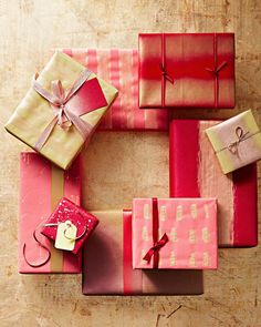 Counting down the days to Christmas? Allow us to hone your holiday checklist with to-do's you can check off early this year—yes, this summer. Days To Christmas, Christmas Tree With Gifts, Christmas Tree Themes, Christmas Bows, Christmas Games, Christmas Gift Wrapping, Christmas Countdown, Christmas Crafts, Christmas Ornament