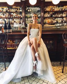Ny Dress, Dream Dress, Wedding Styles, Wedding Photos, Wedding Ideias, Wedding Goals, Dream Wedding Dresses, Bridal Dresses, Bridesmaid Dresses