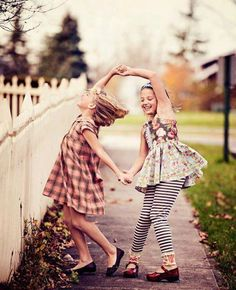 SEED OF FRIENDSHIP ~ The hearts of true friends are tied together, connected by an invisible rope, that nothing can break.