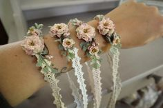 Armbänder/ Haarbänder auf Spitzenband I am pleased to present this article from my shop to present: bracelets / hair bands on lace ribbon Bridesmaid Corsage, Bridesmaid Jewelry, Wedding Jewelry, Flower Hair Band, Flowers In Hair, Wedding Suits, Boho Wedding, Wedding Bouquets, Wedding Flowers