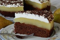 Schokoladige Birnentorte Ireland's culinary boom means that skilled chefs in the united states are creating Brownie Recipes, Cheesecake Recipes, Baby Food Recipes, Dessert Recipes, Desserts, Bread Dishes, Pear Cake, Irish Recipes, Morning Food