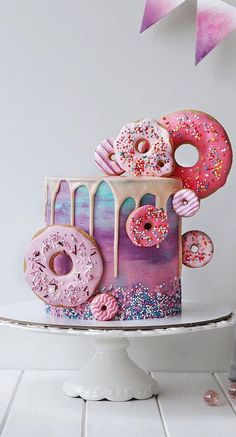 14th Birthday Cakes, Butterfly Birthday Cakes, Candy Birthday Cakes, Creative Birthday Cakes, Elegant Birthday Cakes, Birthday Cakes For Teens, Donut Birthday Parties, Beautiful Birthday Cakes, Blue Birthday