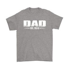 b52c37f02a7 Dad EST. 2018 New Dad T-Shirts