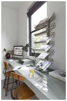 Home Office Inspiration! Home Office Space, Office Workspace, Home Office Design, Organized Office, Office Spaces, Office Shelving, Desk Tidy, Office Designs, Industrial Office Storage