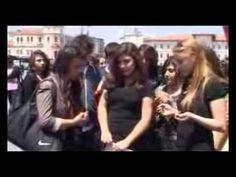 ▶ Sivas ta liseli kızlar, tekbirler atarak Soma için dua etti - YouTube