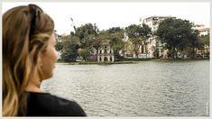Hoan Kiem Lake in Hanoi, Vietnam. Lees alle highlights van Hanoi op www. Hanoi Vietnam, Temples