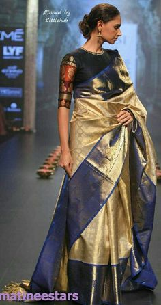 Models Walks For Santosh Parekh At Lakme Fashion Week Winter Festive 2016 - Hot Models Photo Gallery - High Resolution Pictures 7 Kanjivaram Sarees, Kanchipuram Saree, Silk Sarees, Silk Saree Blouse Designs, Blouse Patterns, Indian Attire, Indian Ethnic Wear, Indian Style, Saris