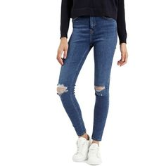 Topshop Moto 'Jamie' Ripped Ankle Jeans ($75) ❤ liked on Polyvore featuring jeans, mid denim, skinny fit jeans, short pants, ripped skinny jeans, destroyed skinny jeans and distressed jeans