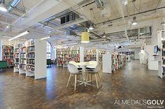 Massiva Trägolv - Kubbgolv - Biblioteket Sundbyberg Stockholm