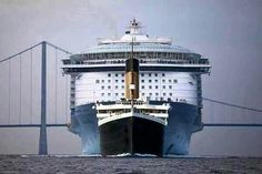 A photograph showing the size comparison between the Titanic and a modern-day cruise ship