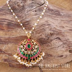 silver gold plated necklace studded with semi precious stones. Antique Jewellery Designs, Gold Jewellery Design, Bead Jewellery, Beaded Jewelry, Simple Necklace, Simple Jewelry, Gold Necklace, Ruby Jewelry, Gold Jewelry