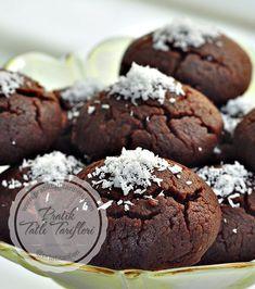 Kakaolu kurabiye severler bu nefis kakaolu ıslak kurabiyenin tutkunu olacaksınız. Ev halkı bayılacak mutlaka yapıp yiyin.
