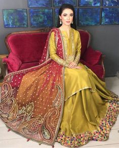 Sarees Online: Shop the latest Indian Sarees at the best price online shopping. From classic to contemporary, daily wear to party wear saree, Cbazaar has saree for every occasion. Pakistani Wedding Outfits, Saree Wedding, Pakistani Dresses, Indian Dresses, Indian Outfits, Wedding Wear, Designer Sarees Collection, Designer Sarees Online, Saree Collection
