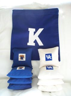 8 Kentucky Cornhole Toss Bags and 1 Carrying Tote