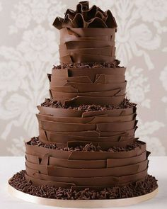 When World Chocolate Day rolls around, we'll be the first in line to celebrate! Get your wedding cake ideas here with these chocolate wedding cakes Gorgeous Cakes, Pretty Cakes, Amazing Cakes, Bolos Naked Cake, Naked Cakes, Chocolate Day, Chocolate Ganache, Chocolate Lovers, Wedding Cake Inspiration