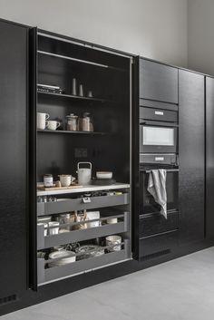 Gloria - Blogit | Pieni talo Helsingissä Kitchen Organization, Kitchen Storage, Locker Storage, Updated Kitchen, New Kitchen, Kitchen Dinning Room, Cabinet Furniture, Modern Kitchen Design, Home Renovation
