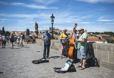 Musicians on the Charles Bridge.