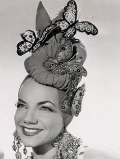 Carmen Miranda in a seriously awesome butterfly adorned turban hat. What to wear when fruit is out of season Old Hollywood Glamour, Vintage Hollywood, Hollywood Stars, Classic Hollywood, Carmen Miranda, Pierre Balmain, Mad Hatter, Caroline Reboux, Christian Dior