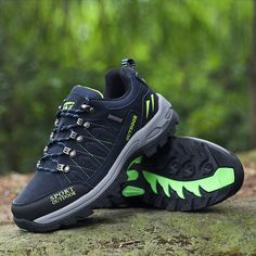 Climbing Men Hiking Shoes Mid-top Outdoor Sneaker Men Breathable Air Mesh Mountaineering Shoes  Women Camping Climbing  Sneakers
