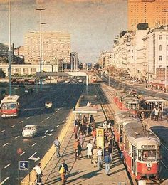 Al. Jerozolimskie w początkach lat The Lost World, Civil Engineering, Time Out, Old Photos, Paris Skyline, City Photo, Around The Worlds, Europe, Places