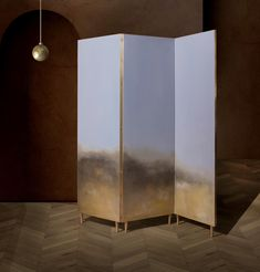 Hand painted cloth in a full brass frame. It is a delicate solution to divide the space. Each screen is different and unusual because of the painting created by the artist Ewelina Makosa. The screens are available in three different colors. Interior Architecture, Interior Design, Divider Screen, Room Screen, Brass Color, Different Colors, Design Projects, Contemporary Design, Painted Furniture