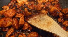 Κοτόπουλο με σόγια σος μέλι και κάσιους Food For Thought, Chicken Wings, Poultry, Food Porn, Healthy Recipes, Healthy Food, Sweets, Dishes, Meat