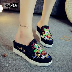 Fashion spring chinese retro embroidery women sandals shoes casual wedges heels sexy flip flops sandals for women mujer slides