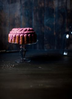 This just may be the sexiest cake. Ever.